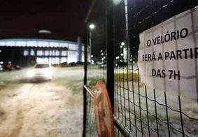 Seis vítimas do ataque são enterradas e sepultamentos continuam na sexta-feira (15)