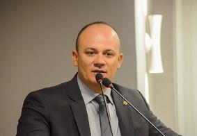 Deputado descumpre regra e vai a plenário da ALPB sem imunização contra Covid