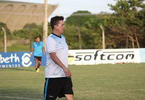 Vídeo: Evaristo Piza confirma renovação de contrato com o Botafogo-PB