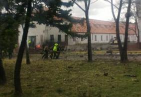 Carro explode em escola da polícia na Colômbia; mortes estão confirmadas