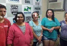 Família briga, pede perdão e tira foto na delegacia pra postar no Facebook