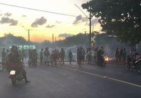 Moradores do Roger protestam alegando ameaça de despejo por atraso em auxílio aluguel