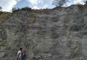 Adolescente morre ao cair de altura de quase 30 metros em pedreira