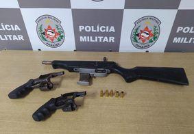 Homens são baleados em condomínio de João Pessoa; suspeito é preso