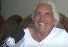 Matriarca de 100 anos celebra Dia das Mães ao lado da família