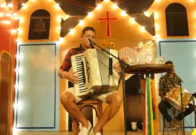 AO VIVO: 'canções de Luiz' são destaque na voz de Targino Gondin