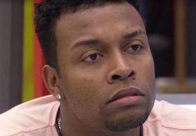 Nego Di revela a Leo Dias que Boninho passa informações no confessionário