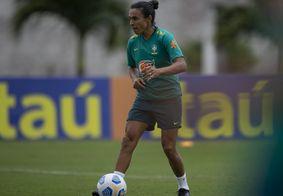 Marta, jogadora da Seleção, durante o treino