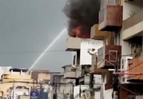 Vídeo: incêndio atinge loja no centro de Guarabira