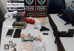 Suspeitos com armas e quase 300 papelotes de crack e maconha são presos na PB