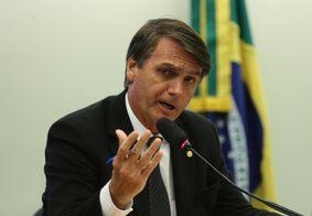 Bolsonaro veta distribuição de absorventes a mulheres pobres