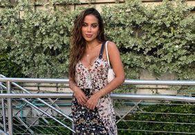 Anitta revela estar solteira após término com empresário