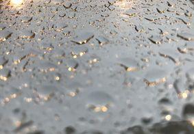 Manhã começou com muita chuva