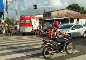Motociclista fica ferido após colisão envolvendo carro em João Pessoa