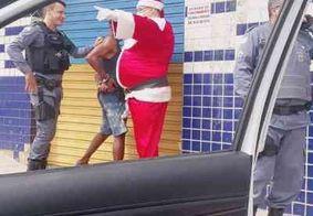 Policial fantasiado de Papai Noel dá voz de prisão a foragido no Espírito Santo