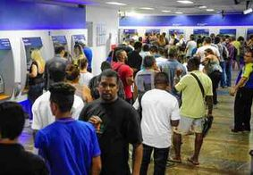 Governo começa a pagar na terça-feira abono salarial de fevereiro