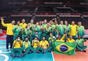 Equipe brasileira após jogo com os EUA