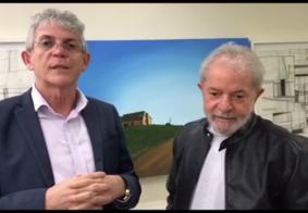 """Ricardo Coutinho visita Lula e ex-presidente dispara: """"Estamos numa luta que tá só começando"""""""