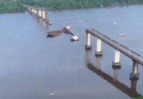 Ponte desaba após balsa colidir com pilar de sustentação, no Pará