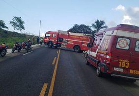 Várias equipes de resgate foram acionadas