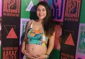 Fã engravida durante a turnê 'Nossa história' e resolve chamar a filha de Sandy