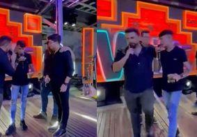 Vídeo | Xand Avião pede desculpas após 'expulsar' Cremosinho de palco