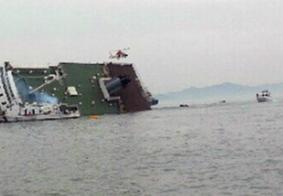 Balsa naufraga e deixa 5 mortos; 25 seguem desaparecidos