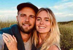 Ex-namorada do príncipe Harry se casa na Inglaterra com outro Harry