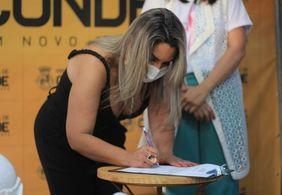 Ação que tirou prefeita de Conde do poder foi movida por membro da gestão e vice de Márcia Lucena