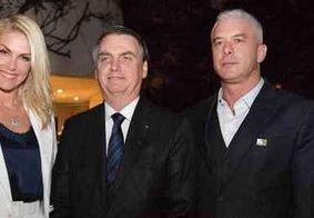"""Ana Hickmann é criticada na internet por foto com Bolsonaro: """"Barbie Facista"""""""