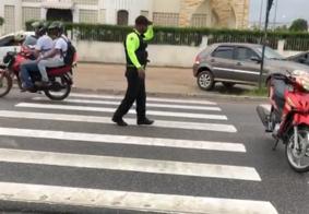 Adolescente é atropelado ao atravessar faixa de pedestres em JP