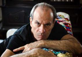 Ney Matogrosso diz que foto íntima publicada me seu perfil era dele mesmo