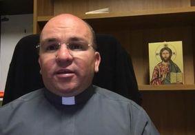 """""""Inexplicável"""", afirma padre paraibano sobre encontro com Papa que viralizou"""