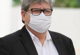 João Azevêdo atribui atraso na vacinação a falta doses ofertadas pelo ministério da Saúde