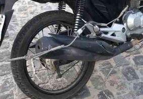 Motociclista sofre descarga elétrica após caminhão romper cabos, na Zona Sul de JP