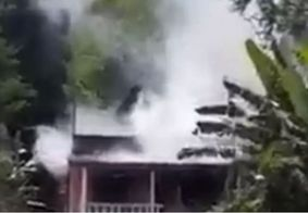 Filhos de bombeiro morrem em incêndio dentro de casa no RJ