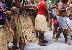 Protesto de índios Tabajaras dificulta acesso à praia de Coqueirinho, na PB