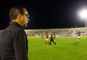 Campinense efetiva Hélio Cabral no comando do clube