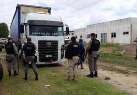 Polícia recupera carga avaliada em R$ 100 mil após assalto na PB