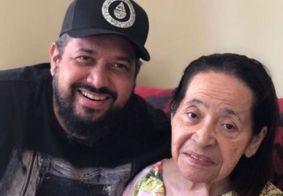 Cantor gospel Fernandinho comunica morte da mãe nas redes sociais