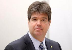 Golpistas estão ligando para paraibanos convidando para festa de deputado federal