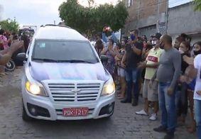 Corpo de Patrícia Roberta é velado em Caruaru