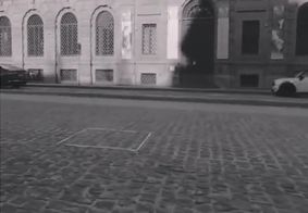 Artista vende escultura invisível por quase R$ 100 mil