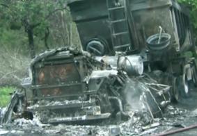 Caminhão fica destruído apos incêndio, na rodovia BR-230 na Paraíba
