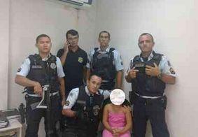 """""""Deus ia mandar um anjo pra encontrar minha filha"""", diz mãe de criança raptada"""