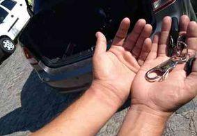 Motorista de Uber salta de porta malas após ser sequestrado, em João Pessoa