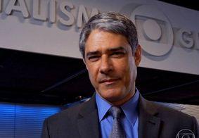 William Bonner se confunde durante Jornal Nacional e chama por Lula sem querer