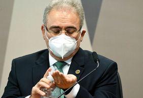Ministro Marcelo Queiroga deu carona à familiares e políticos em voos da FAB