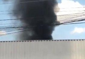 Perícia será realizada em shopping popular atingido por incêndio