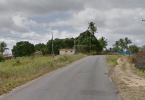 Homem é esquartejado e tem casa incendiada, em Alhandra